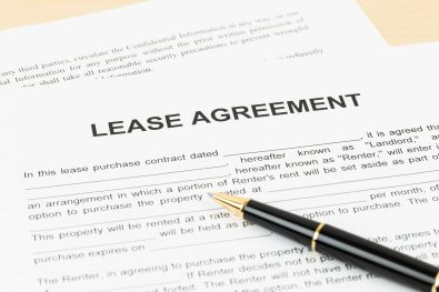 40521412 - lease agreement with pen document is mockup